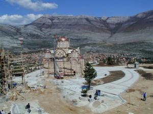 08-izgradnja-crkvina